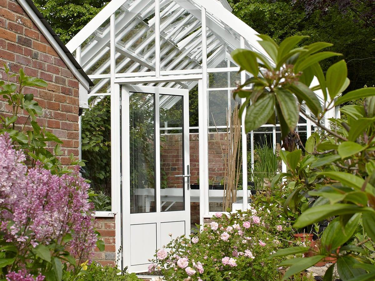 Aluminium three quarter span greenhouse
