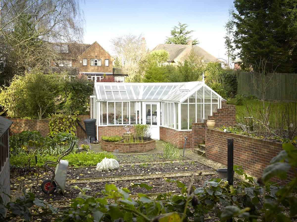 Corner bespoke aluminium greenhouse