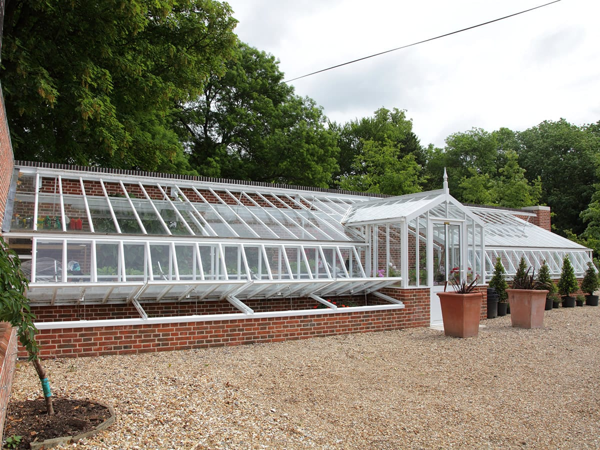 Large high quality lean to greenhouse