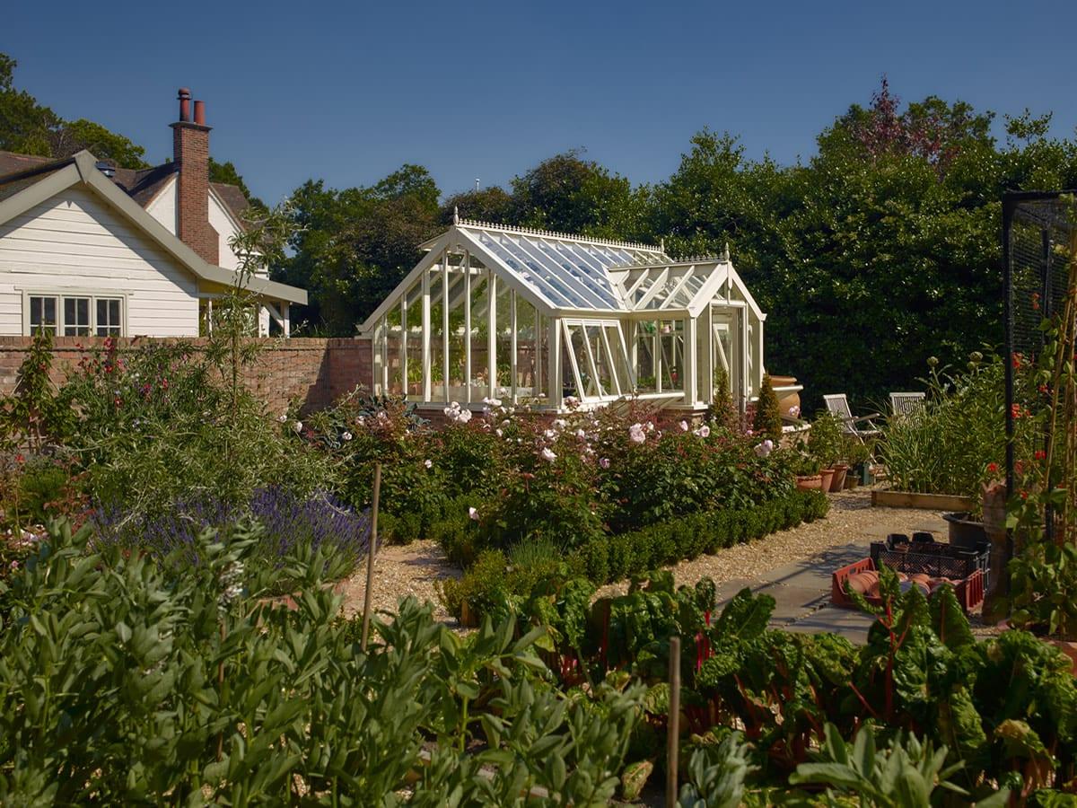 Three quarter span greenhouse 3m x 4.7m