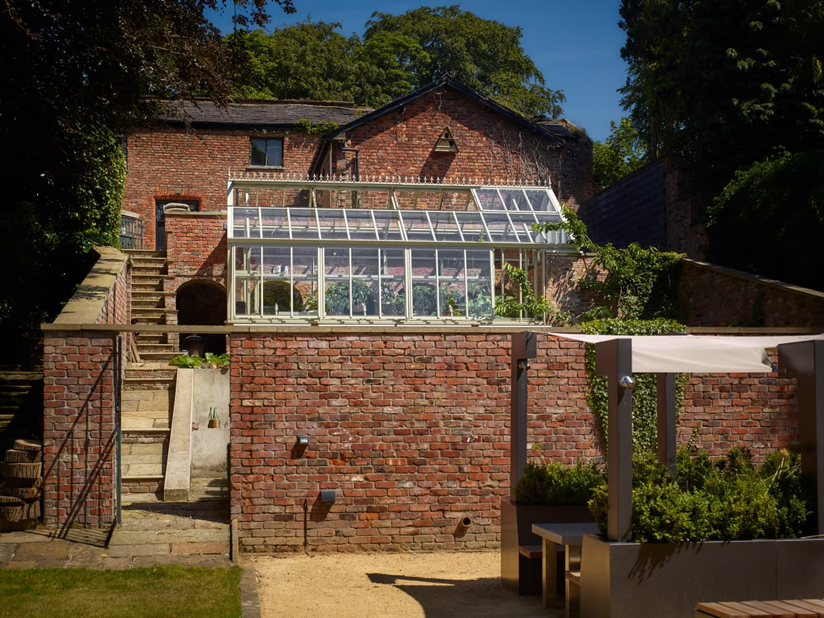 Three quarter span greenhouse 3.8m x 7.6m