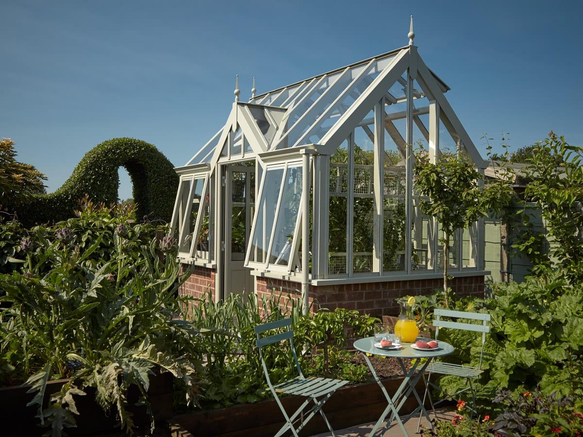 Free standing greenhouse 2.3m x 3.2m